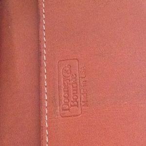 Dooney & Bourke Bags - Vintage 💞Donney & BOURKE 💞wallet